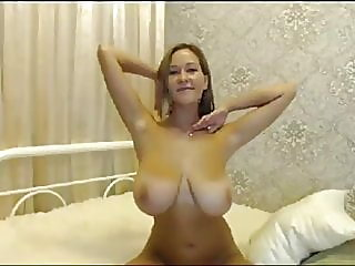 webcam,amateur,mature