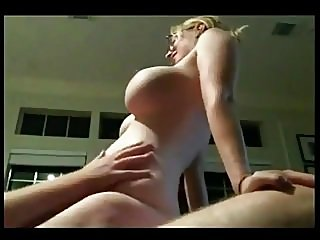 amateur,big boobs,milfs