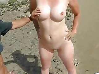amateur,beach,hidden cams