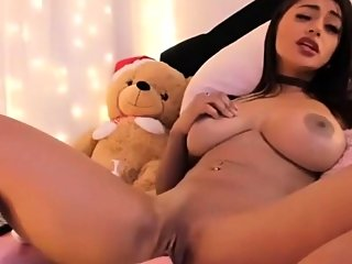 amateur,big boobs,masturbation