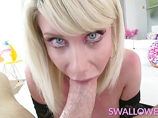 blowjob,big tits,blonde